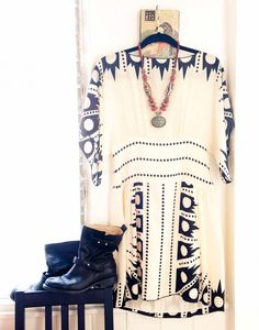 anna sui // dress with boots // love this look, dresses + summertime boots Passion For Fashion, Love Fashion, Autumn Fashion, Fashion Beauty, Tribal Fashion, Indie Fashion, Bohemian Mode, Bohemian Style, Boho Chic