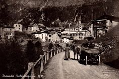 Postcard from the Old Photos, Culture, History, Painting, Art, Old Pictures, Art Background, Historia, Vintage Photos