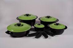 14 Piece Apple Green Versa 100% Ceramic Cookware Set
