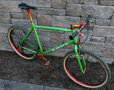 BoTM August 2011 are spesh's 1987 Muddy Fox Courier and FMJ's 1995 Brodie Sovereign Kona Mountain Bikes, Mountain Biking, Retro Bikes, Vintage Bikes, Bmx Bicycle, Bmx Bikes, Kona Bikes, Bike Horn, Classic Road Bike
