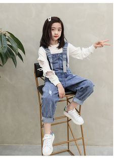 2020 New Fashion Girls Overall Kids Denim Jumpsuit Children Overalls Jeans Spring Fall Jeans Pants Cowboy Pockets Outwears 6 Overall Kind, Jeans Overall, Denim Fashion, New Fashion, Girl Fashion, Little Girl Outfits, Kids Outfits Girls, Gowns For Girls, Girls Dresses