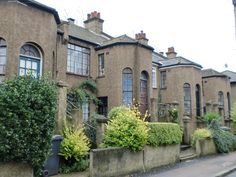 Arts and Crafts houses Rokeby Road