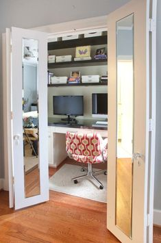 Contemporary Home Office Design Ideas with Small Office Nook Covered by Sliding Doors - Modern Homes, Modern Design Homes Small Spaces, Interior, Office Nook, Home, Closet Bedroom, Home Office Bedroom, Contemporary House, Home Office Closet, Office Design