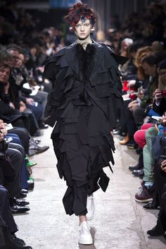 Comme des Garçons Fall 2013 Ready-to-Wear - Collection - Gallery - Style.com
