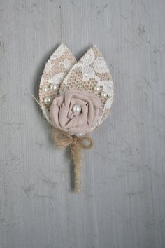 Diy burlap boutonniere 07 my wedding inspiration pinterest 50 best rustic wedding boutonnieres solutioingenieria Image collections