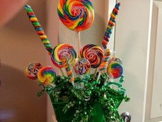 Wizard of Oz Centerpiece | Vintage Wizard Of Oz Party! - Kara's Party Ideas - The Place for All ...