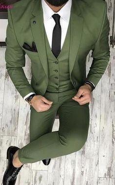 New Brand Groom Tuxedo Suit Custom Made Wine Red Men Suits Terno Slim Fit Peaked Lapel Groomsmen Men Wedding Prom Suits Groomsmen Suits, Men's Suits, Blue Suits, Prom Suit Outfits, Casual Outfits, Gym Outfits, Dress Casual, Fall Outfits, Traje Slim Fit