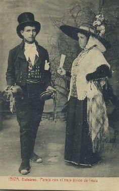 Postal antigua de baleares ibiza pareja con el traje tipico de fiesta | Librería Raimundo - Libros Antiguos y de Ocasión - Cádiz Andalucía España