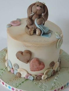 Antique look Bunny cake. One of my new favorite cake artists. Pretty Cakes, Beautiful Cakes, Decoration Patisserie, Cupcake Cakes, Cupcakes, Rabbit Cake, Bunny Rabbit, Bolo Cake, Animal Cakes