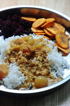 Vengaya Kara Kuzhambu (with Coconut Milk) Recipe