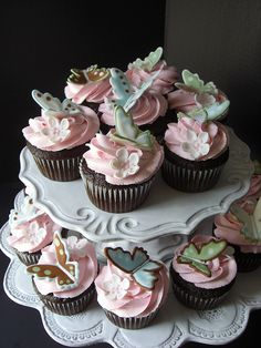 Butterfly Cupcakes inspired by Peggy Porschen.