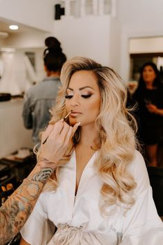 My Wedding old Hollywood glam Bridal Hair Down, Wedding Hair Down, Bride Makeup, Wedding Hair And Makeup, Blonde Bridal Hair, Hollywood Glam Hair, Old Hollywood Wedding, Old Hollywood Makeup, Wedding Hairstyles With Veil