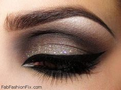 Smokey eyes and black eyeliner