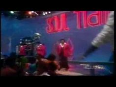 """1980 """"Working My Way Back To You Babe"""" The Spinners"""