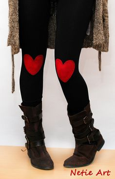 Red heart patched leggings tights in black van NetieArt op Etsy, $30.00