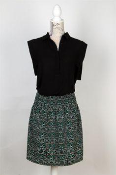 Model Isabel, el verd vindrà molt de cara a la primavera 2015, i tot sigui seguir tendències! Model amb fruncit a la cintura que s'adapta a tot tipus de silueta.