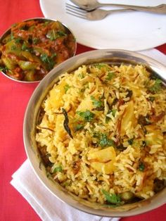 biryani ... Scroll to halfway down page for recipe ... Lots of Indian food recipes here