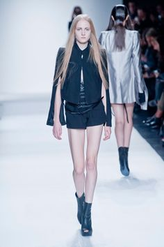 Take the sleeves off this one and it'd be kind of sassy in a biker-ish way, no? (Ann Demeulemeester, Spring 2013)