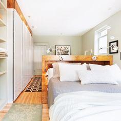Division pour la chambre - Inspirations - Bois - Aménagement - Lit au centre de la pièce - Pratico Pratiques Home Staging, Division, Small Spaces, Inspiration, Bedroom, Furniture, Styles, Habitats, Handsome
