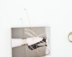 ANNALEENAS HEM // home decor and inspiration: DIY ___________ magazine holder nr.2 of brass wire