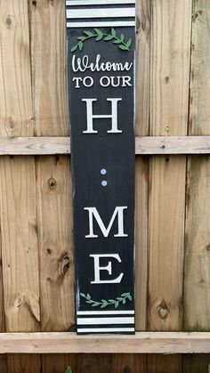 Front Door Decor Discover Interchangeable Porch Leaner What a great way to display all of the seasons! Whippoorwill Charm has this sign painted or u painted. Get creative! Front Porch Signs, Front Door Decor, Welcome Porch Signs, Front Porch Decorations, Diy Front Porch Ideas, Fall Front Porches, Fromt Porch Ideas, Outdoor Welcome Sign, Farmhouse Front Porches