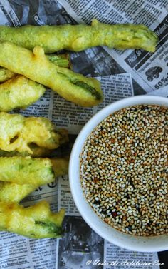 Asparagus tempura with Asian-inspired dip. Quick, easy, vegetarian... and yummy!