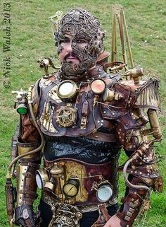 Here I was, having a normal Monday, and then BAM, Steampunk Borg happened. Steampunk Mode, Chat Steampunk, Corset Steampunk, Steampunk Accessoires, Steampunk Robots, Style Steampunk, Steampunk Gadgets, Steampunk Cosplay, Gothic Steampunk