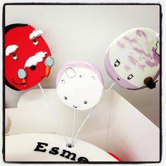 Sarah & Duck cake - planets