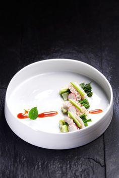 [BY foodstylist 노영희] '봄 주꾸미 가을 낙지'라는 말이 있듯이 주꾸미는 봄의 대표주자 해물이다. 요...