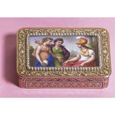 A pearl, three coleur gold & enamel snuff-box rectangular. Charles Collins und Söhne, Hanau, circa 1810. sotheby's