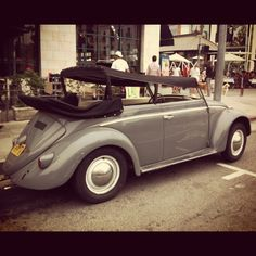 VW Beatle #volkswagen #cars #santamonica #vintage #farmersmarket #thirdstreetpromenade