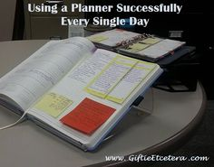 Using a Planner Successfully Every Single Day Bullet Journal 101, Blank Journal, Planner Organization, Organizing Life, Make A Plan, Day Planners, Printable Planner, Printables, Singles Day