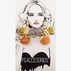 PG #pgaccesorios #chapadeoro #goldplated #handmadejewerly #diseñomexicano #hechoamano #aretes #earrings #jade #accesorios #summer #losmochis #joyeria