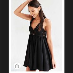Urban Outfitters Ecote Dress. Size XS. NWT. Urban Outfitters Ecote Dress. Size XS. NWT.  (99960) PRICE FIRM HERE🔺CHEAPER ON OTHER SITES🔺NO TRADES🔺NO HOLDS🔺NO MODELING Ⓜ️👗 Free People Dresses Mini