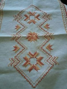 Small Gifts For Friends, Monks Cloth, Swedish Weaving, Types Of Embroidery, Blackwork, Cross Stitch Patterns, Needlework, Bohemian Rug, Beads