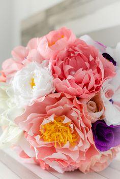 Flori de hartie pentru nunta si botez, buchet mireasa, lumanari, cocarde si marturii, paper flowers | Bucuresti Romania
