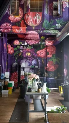 Dropping rental truck on Saturday led to Gowanus cathedral of flowers, Rebecca Shepherd Floral Design at 478 3rd Ave in Brooklyn. Loved space instantly. Space is available for events as well. I could see successful creative sessions or meetings taking place there, setting is inspiring with these very high walls and ceiling.
