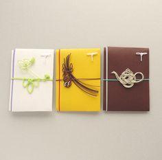 「代官山 蔦屋書店オリジナルぽち袋 #1」 外観の「ツタの葉」、2Fのラウンジ「ティーポット」など、代官山 蔦屋書店をイメージし商品化されたユニークなぽち袋です。