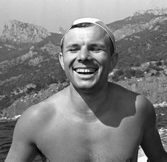 Gagarin portrait It's 9th of March and it's birthday of first man in space Yuri Gagarin. If he didn't tragically die in 1968 at the age of thirty-four he could be eighty-two years old today. Let's just refresh our memories a bit with this few photos of the Russian hero.