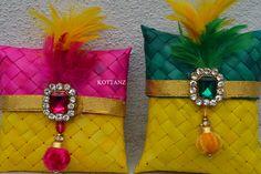 Ideas for fruit design dried Gift Envelope, Envelope Design, Indian Wedding Favors, Wedding Favours, Shagun Envelopes, Fruits Drawing, Diwali Craft, Gift Wraping, Marriage Decoration