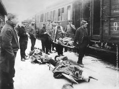 Wounded soldiers arriving at Rheims (Reims) station from the Western Front during World War I.