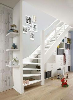 HOME STAIR