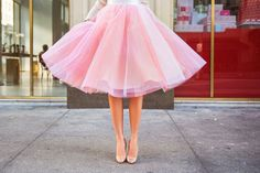 Jupe ronde complète - Pretty in Light Pink - Beautiful Round Skirt Top Quality Tulle ITALIAN Jupe Tulle Rose, Pink Tulle Skirt, Pink Tutu, Tule Skirts, Petite Fashion, Pink Fashion, Rosa Style, Rosa Rock, Dress Skirt