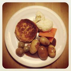 Karbonader - ægte husmandskost Danish Food, Cake Recipes, Sweet Tooth, Mat, Fruit, Breakfast, Happy, Fashion, Dump Cake Recipes