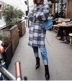 Winter Fashion Outfits, Fashion Boots, Winter Outfits, Autumn Fashion, Poncho Coat, Mode Outfits, Casual Looks, Style Me, Street Style