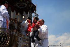 Trecastagni (Ct) Festa di Sant'Alfio. Benedizione ai bambini - Ph. Nino Buda #nibuphoto #Sicily