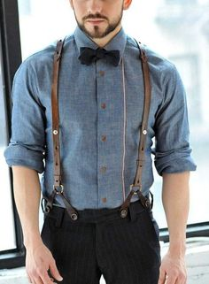 Your bow-tie size depends on your facial structure and features thus it is very important to understand what size is the perfect size for you!