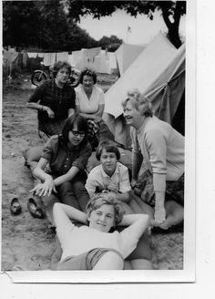 Rudesheim Duitsland 1960 eerste keer naar buitenland op vakantie met ouders in een tent. Tent, Couple Photos, Couples, Couple Shots, Store, Tents, Couple Photography, Couple, Couple Pictures