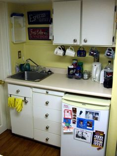 small kitchen a version of this might be possible with a rolling island and a freezer in storage room to make more space if only 2 bedrooms