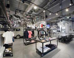 Rapha Cycle Club, London   We Heart